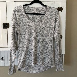 Lululemon Athletica Meant To Move Long Sleeve Sz 6